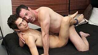 Giovanni Lovell & Mike Manchester - A Rentboy With A Little Flavor